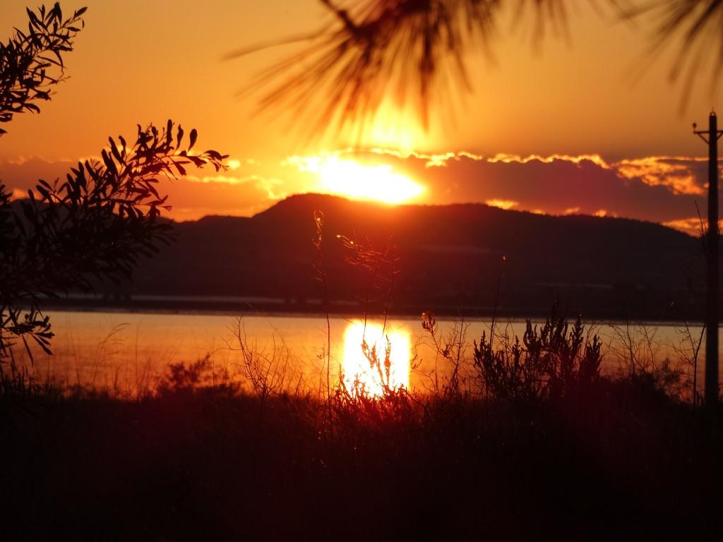 Anochecer en la Laguna Azul de La Mata
