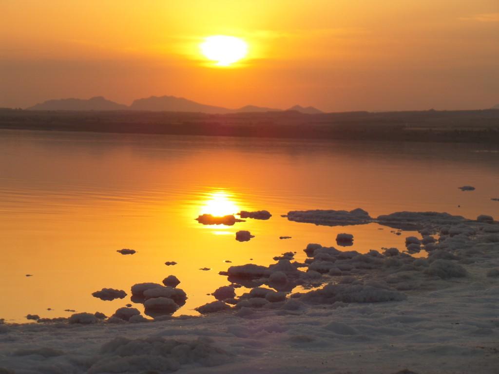 Anocecer en la Laguna Salada de Torrevieja